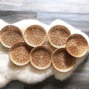 Vintage Wicker Plate Holder Wall Basket Set Lot